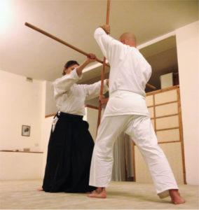 Shinkukai Kobudo: esercizio a coppie con il bo